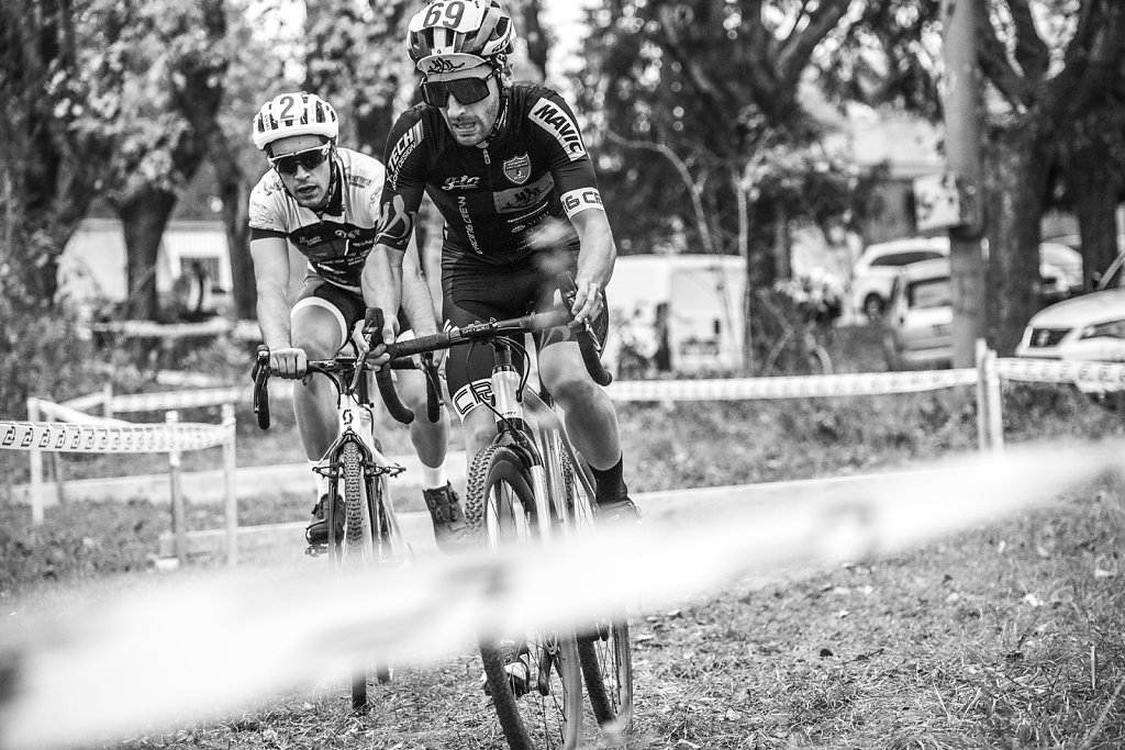 asoggetti-ciclocross-duel.jpg